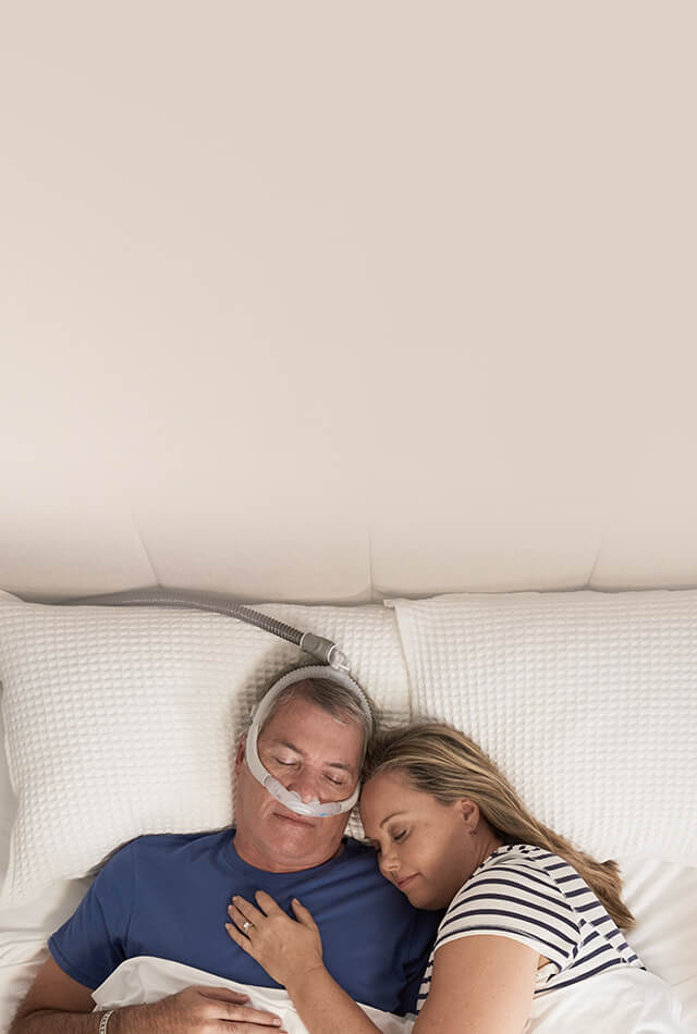 AirFit P30i cpap mask get closer to your partner-mobile image-ResMed Middle East